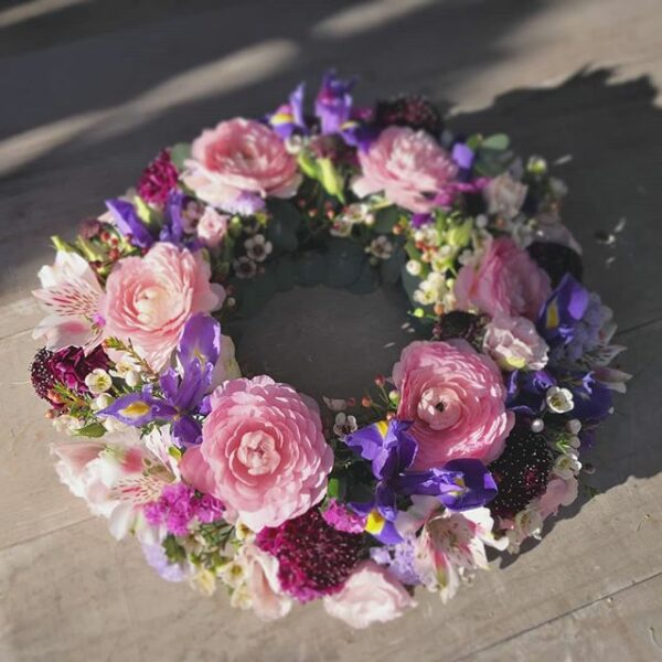 couronne-deuil-atelier-lavarenne-fleuriste-lyon