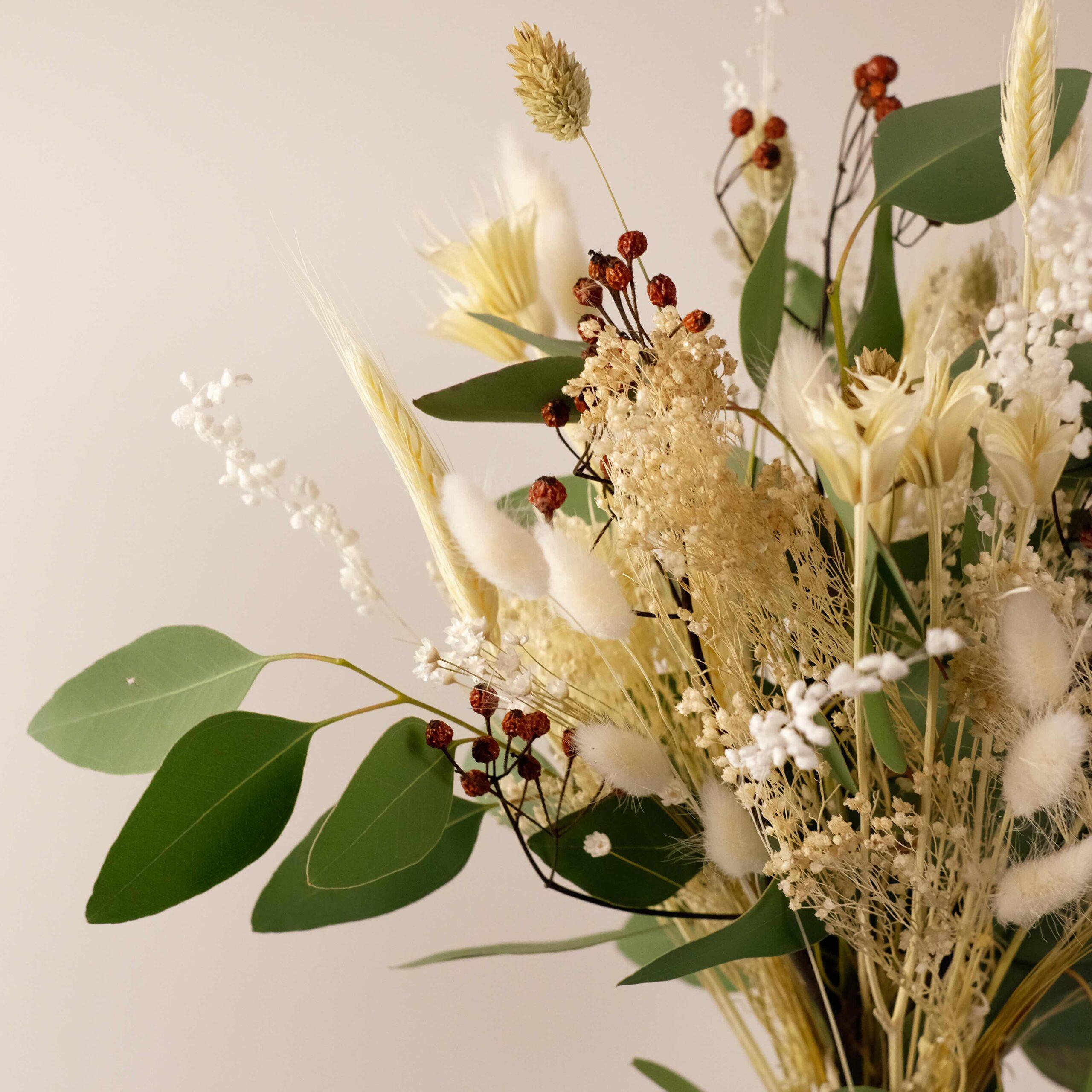bouquet-fleurs-sechees-forestier-atelier-lavarenne-fleuriste-lyon-2