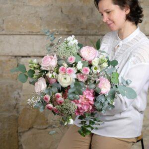 bouquet-tendresse-fleurs-pastels-Atelier-Lavarenne-fleuriste-Lyon