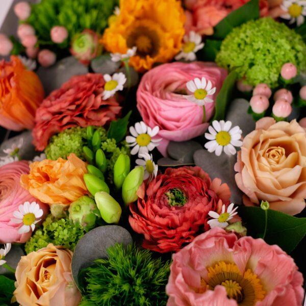 flowerbox-printemps-rosé-atelier-lavarenne-fleuriste-lyon-2