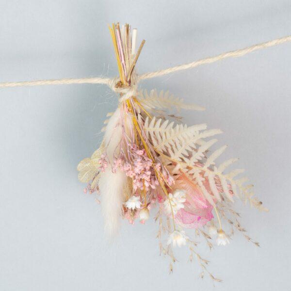 guirlande-fleurs-sechees-rose-atelier-lavarenne-fleuriste-lyon-livraison-2