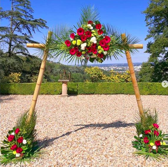 Arche florale bambou