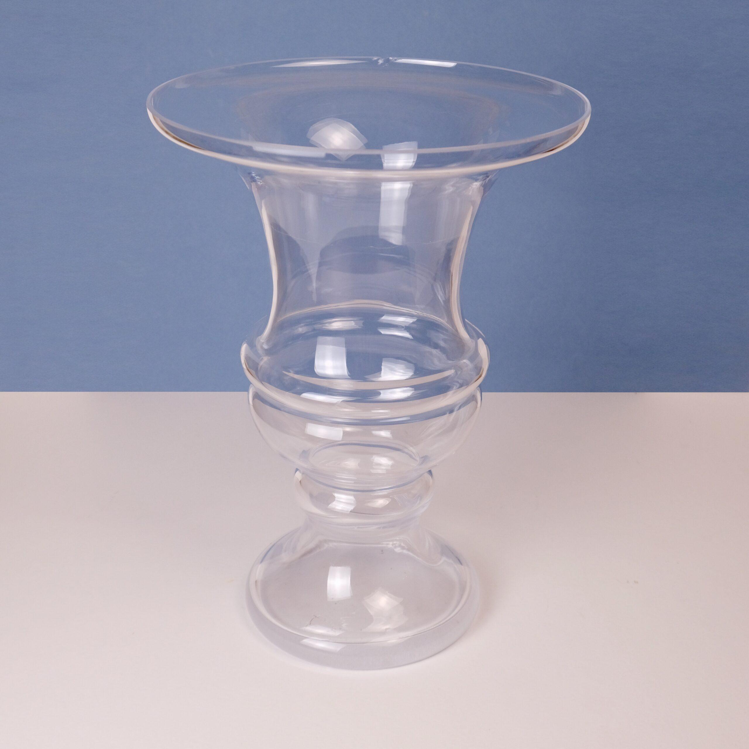 Vase-transparent-atelier-lavarenne-fleuriste-lyon