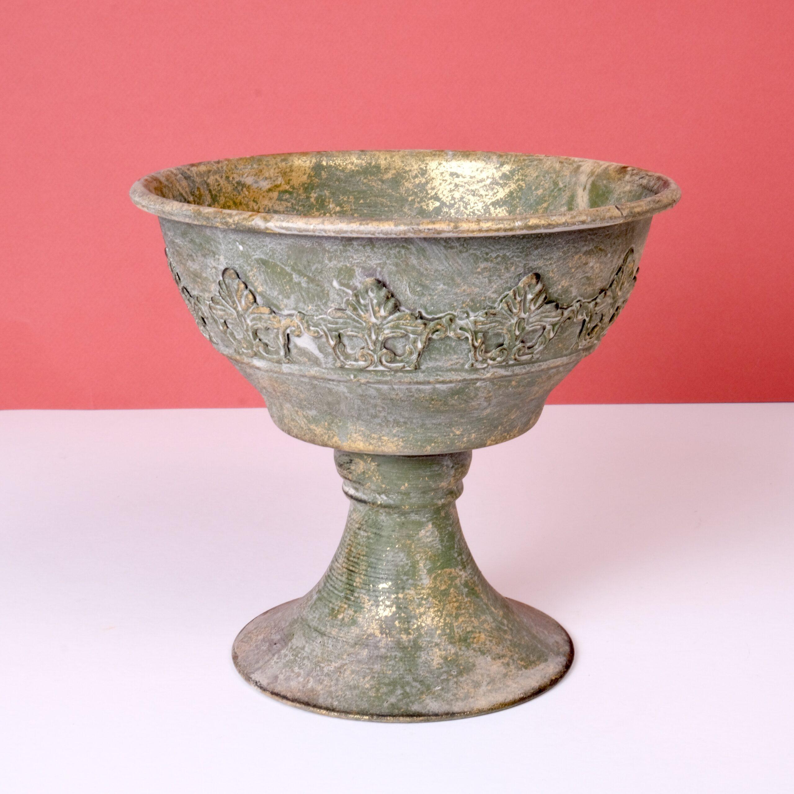 coupe-a-pied-M-bronze-fleuriste-lyon-atelier-lavarenne