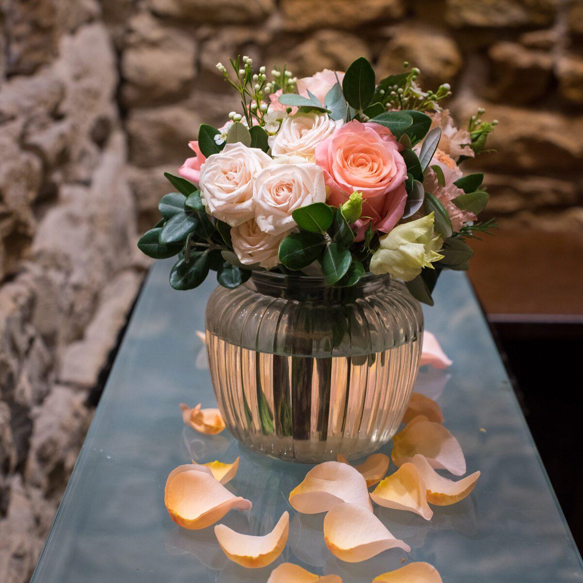 grande_bonbonnières_avec_fleurs_atelier_lavarenne_fleuriste