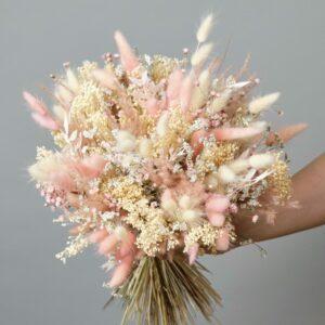 Bouquet de fleurs séchées rose poudré